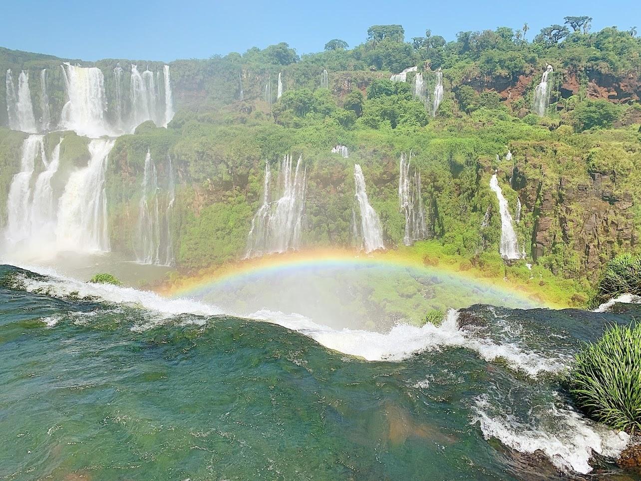 Taylor-Johnson-in-waterfalls2019-2-Large